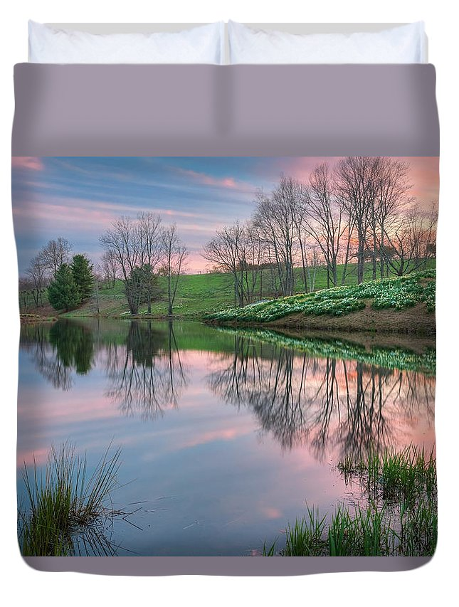 Daffodil Duvet Cover featuring the photograph Sunset Reflections by Bill Wakeley