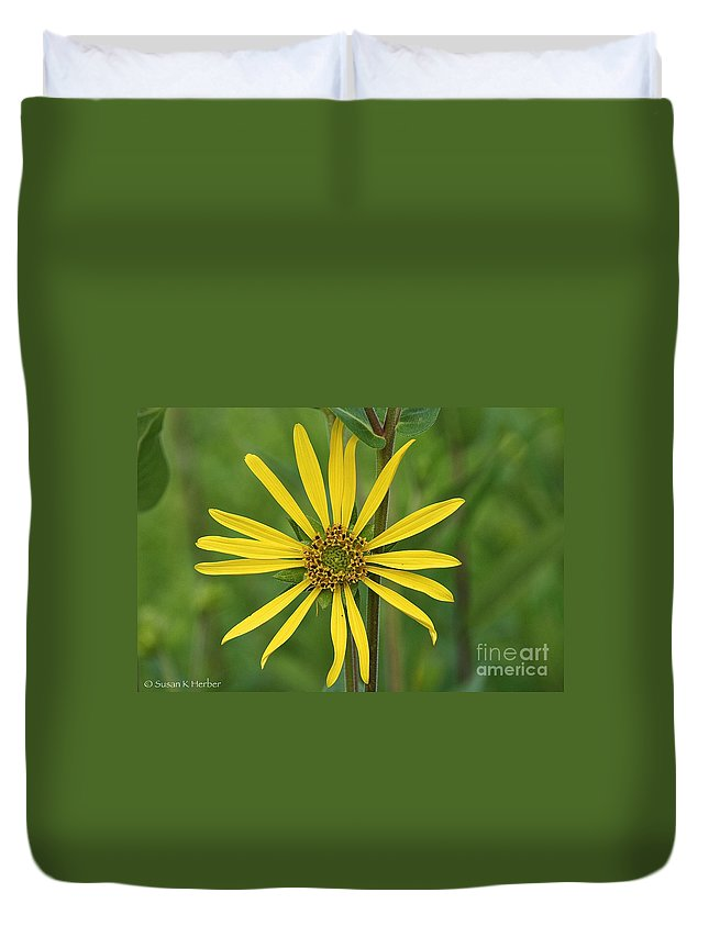 Flower Duvet Cover featuring the photograph Sunshine On A Stem by Susan Herber