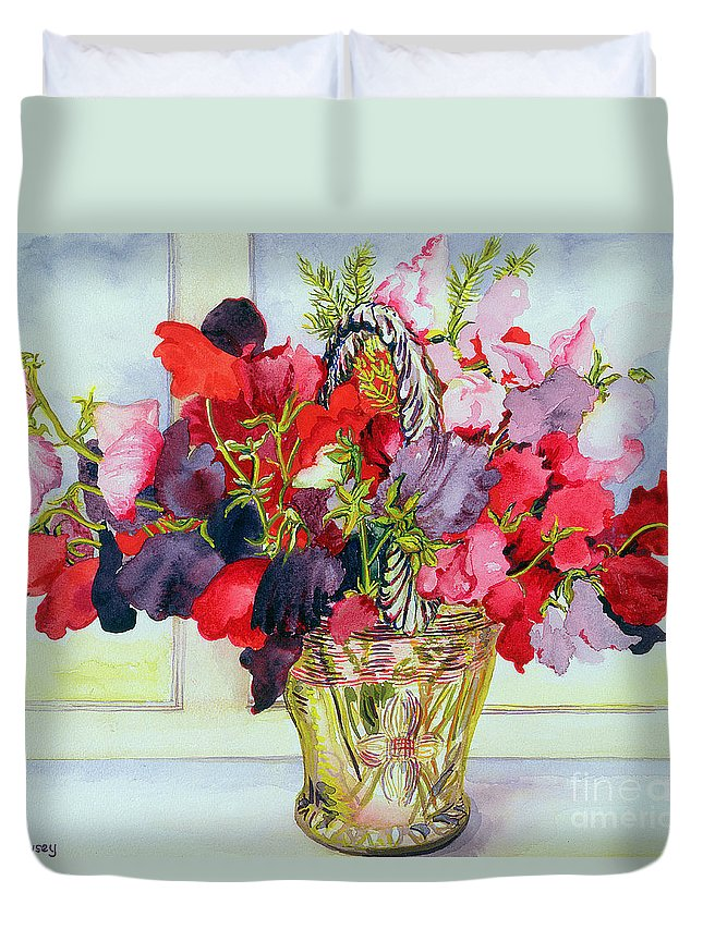 Flower; Still Life; Sweet Pea; Flowers Duvet Cover featuring the painting Sweet Peas In A Vase by Joan Thewsey