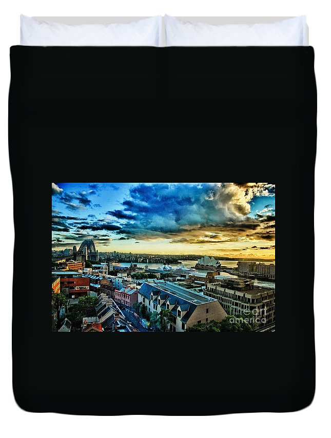 Sydney Duvet Cover featuring the photograph Sydney Harbor Sunrise by Syed Aqueel