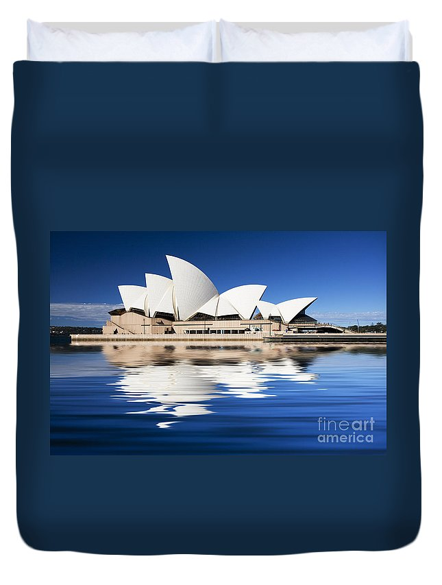 Sydney Opera House Duvet Cover featuring the photograph Sydney Icon by Sheila Smart Fine Art Photography