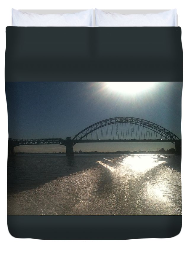 Hot Duvet Cover featuring the photograph Tacony/Palmyra Hot Summer Day 2 by Sheila Mashaw