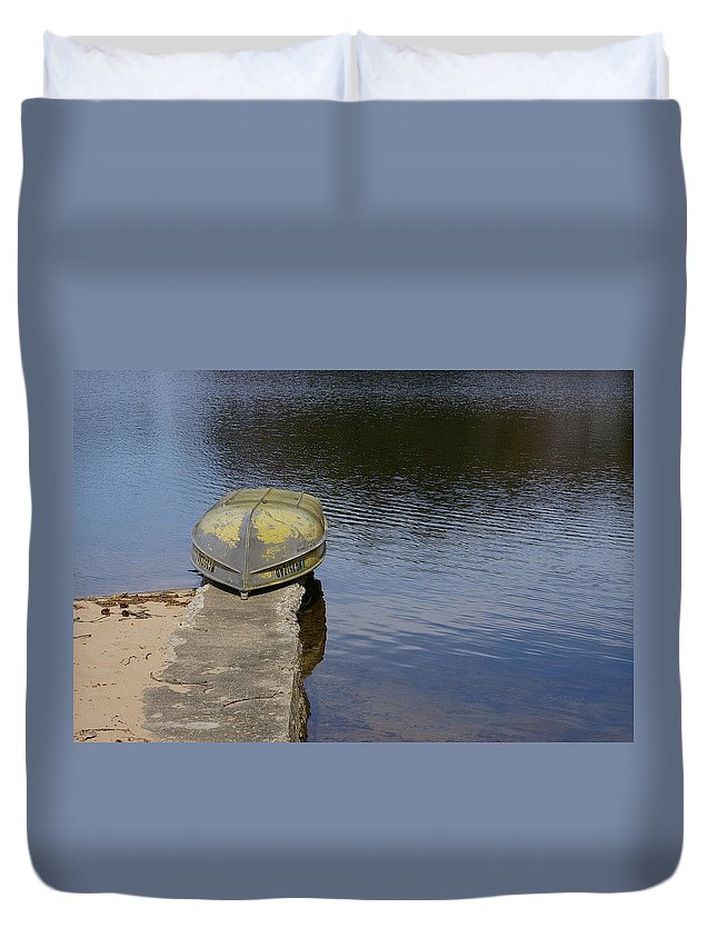 Fishing Duvet Cover featuring the photograph Taking A Break by Randy Pollard