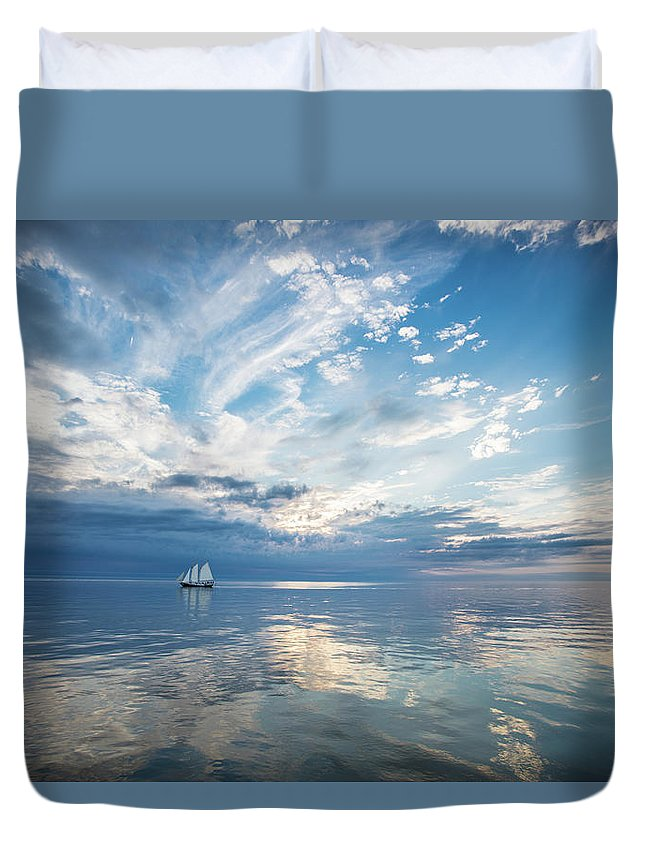 Tranquility Duvet Cover featuring the photograph Tall Ship On The Big Lake by Rudy Malmquist