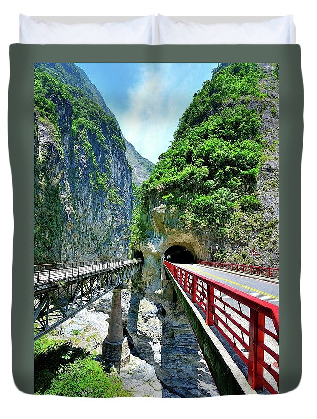Built Structure Duvet Cover featuring the photograph Taroko Gorge by Photography By Anthony Ko