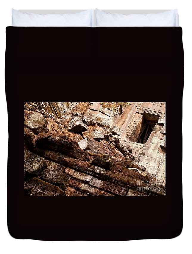 Ruined Duvet Cover featuring the photograph Temple Ruins 04 by Rick Piper Photography