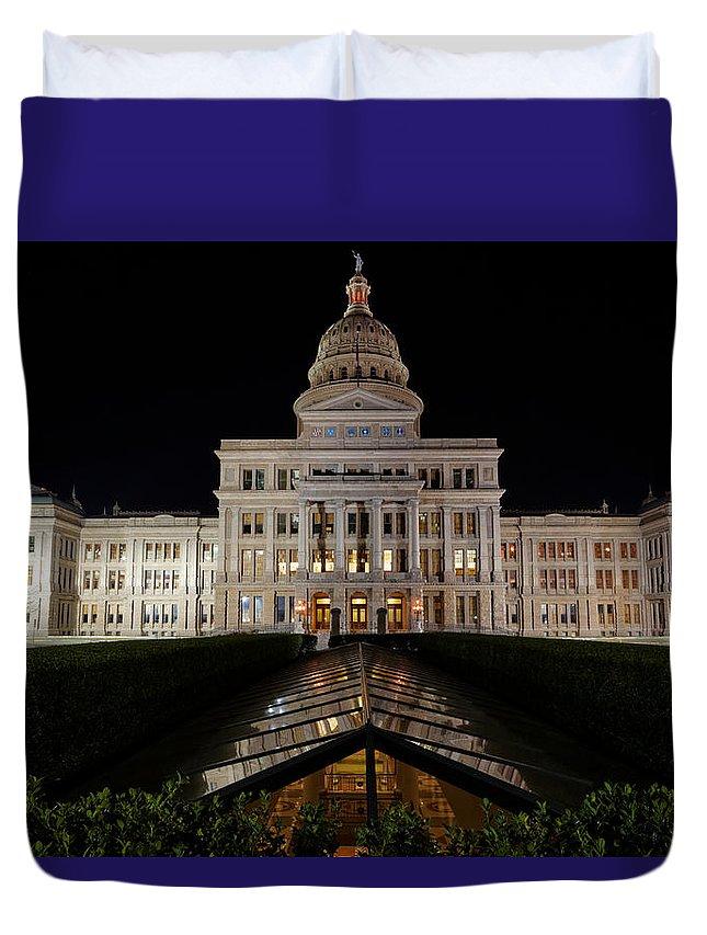 Austin Duvet Cover featuring the photograph Texas Capital Building by Jonathan Davison