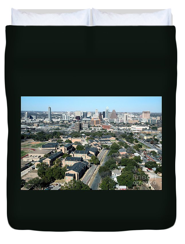 360 Condominiums Duvet Cover featuring the photograph Texas State School For The Deaf by Bill Cobb