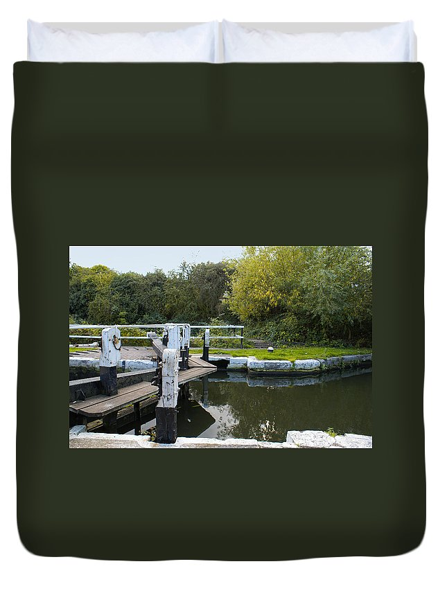 Canal Duvet Cover featuring the digital art Th Locks by Carol Ailles