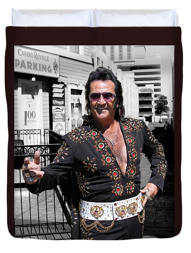 Elvis Duvet Cover featuring the photograph Thankyouverymuch Las Vegas by William Dey