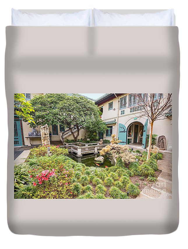 Usc Pacific Asia Museum Duvet Cover featuring the photograph The Beautiful Courtyard Of The Pacific Asia Museum In Pasadena. by Jamie Pham