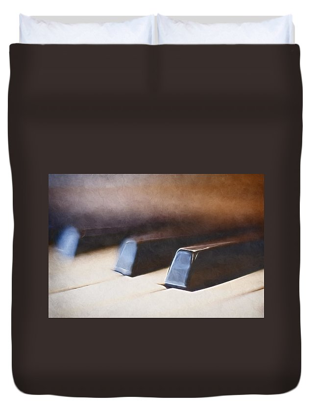 Piano Duvet Cover featuring the photograph The Black Keys by Scott Norris