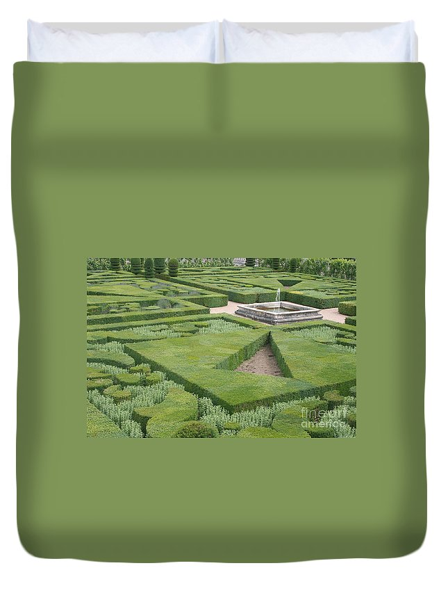 Boxwood Duvet Cover featuring the photograph The Boxwood Garden At Chateau Villandry by Christiane Schulze Art And Photography