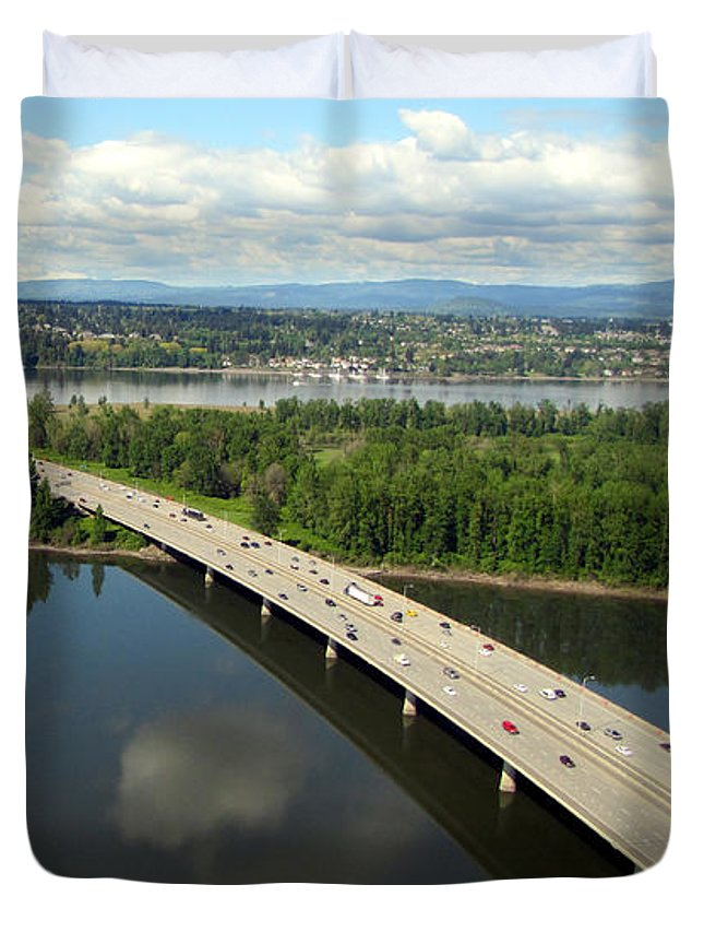 Landscape Duvet Cover featuring the photograph Oregon Bridge From Above by Bob Slitzan
