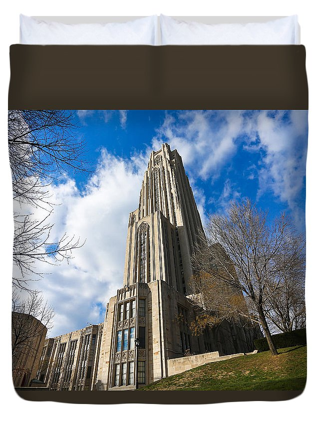 Cathedral Of Learning Pittsburgh Pa Oakland Pitt University College Education Taaffe Urban Panthers Students Frat Europe Andy Warhol Warhola East Pittsburgh Forbes Field Honus Wagner Duvet Cover featuring the photograph The Cathedral Of Learning 2g by Jimmy Taaffe