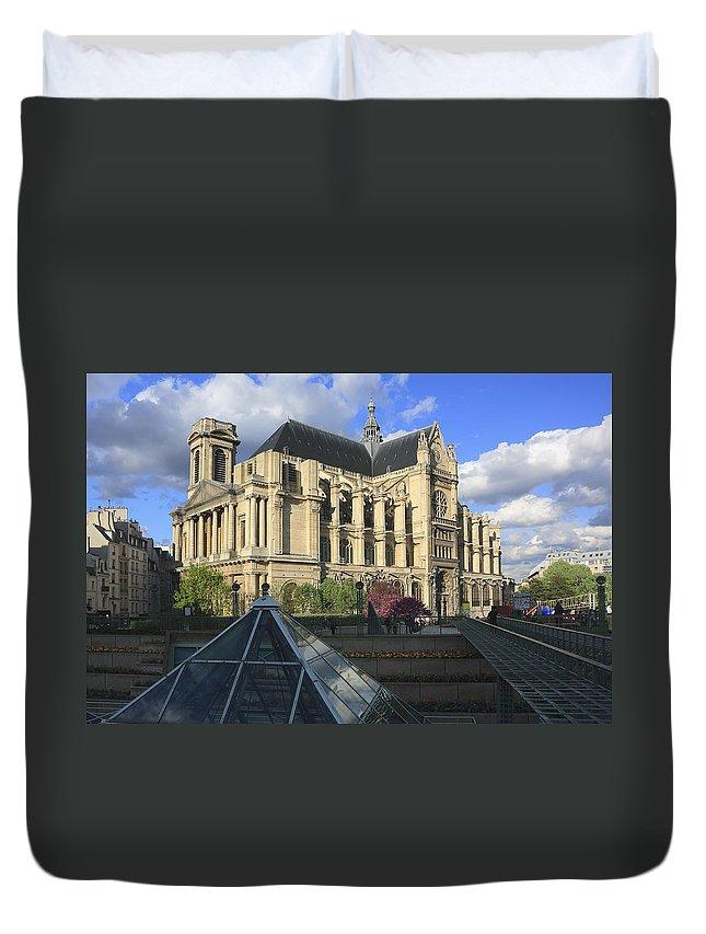 Architecture Duvet Cover featuring the photograph The Eglise De Saint-eustache Paris France by Ivan Pendjakov