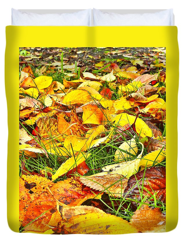 Leaf Duvet Cover featuring the photograph The Fallen by Steve Taylor