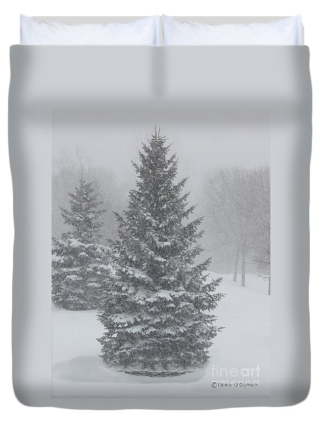 Christmas Duvet Cover featuring the photograph The First Snow Of Christmas by Derek O'Gorman