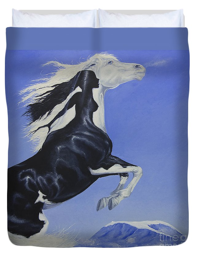 Paint Duvet Cover featuring the painting The Goddess Within by Louise Green