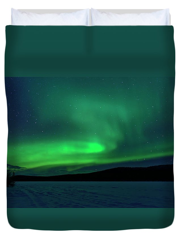 Snow Duvet Cover featuring the photograph The Green Light Of The Aurora by Dave Moorhouse