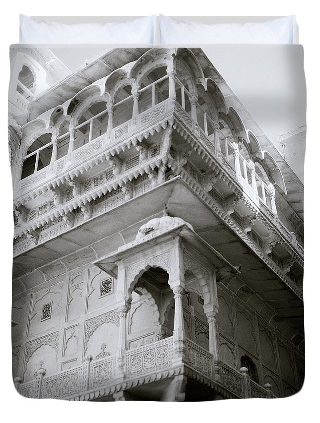 Architecture Duvet Cover featuring the photograph The Jaisalmer City Palace by Shaun Higson