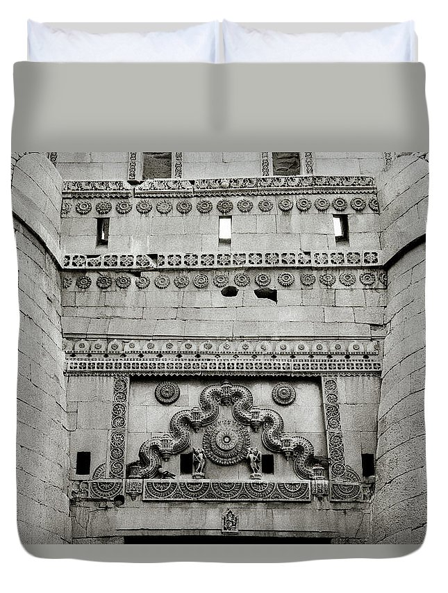 Architecture Duvet Cover featuring the photograph The Jaisalmer Fort by Shaun Higson