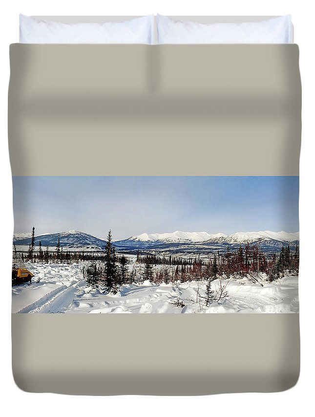 Alaska Photographs Duvet Cover featuring the photograph The John River Valley by Gary Benson