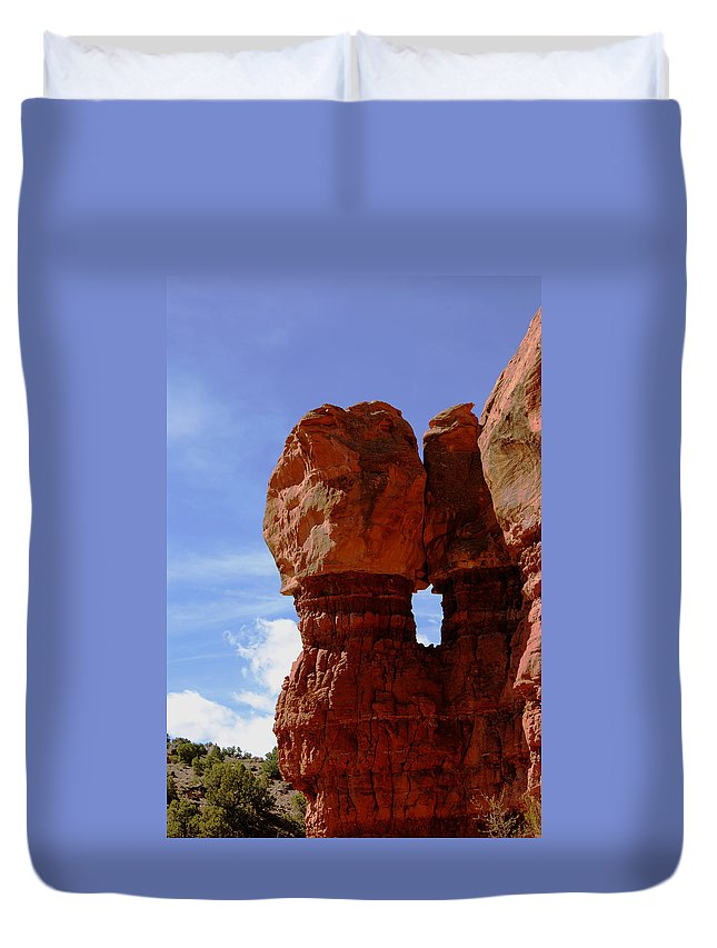 The Kiss Duvet Cover featuring the photograph The Kiss by Ernie Echols