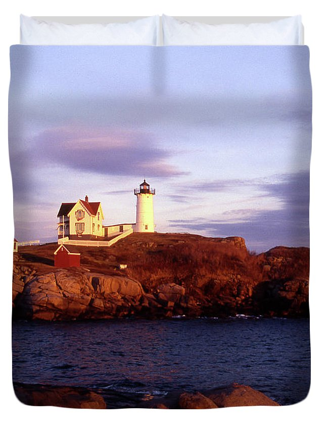 Light Duvet Cover featuring the photograph The Light On The Nubble by Skip Willits