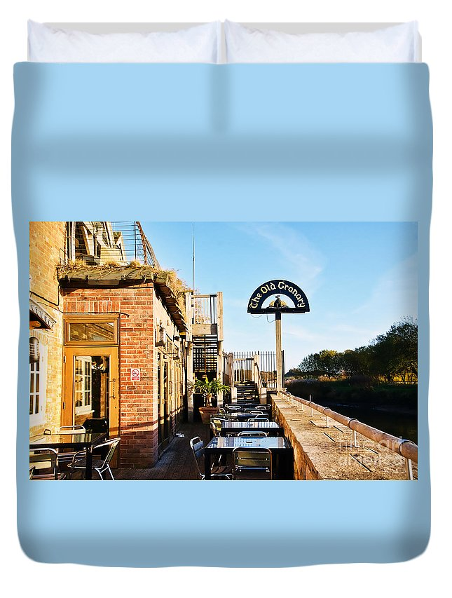 The Old Granary Duvet Cover featuring the photograph The Old Granary At Wareham by Susie Peek
