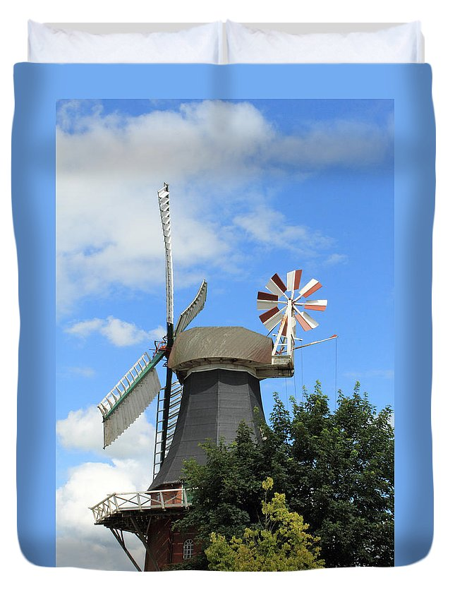 Mill Miller Blue Sky Tree Trees Summer Old Photograph Landscape Duvet Cover featuring the photograph The Old Mill by Steve K