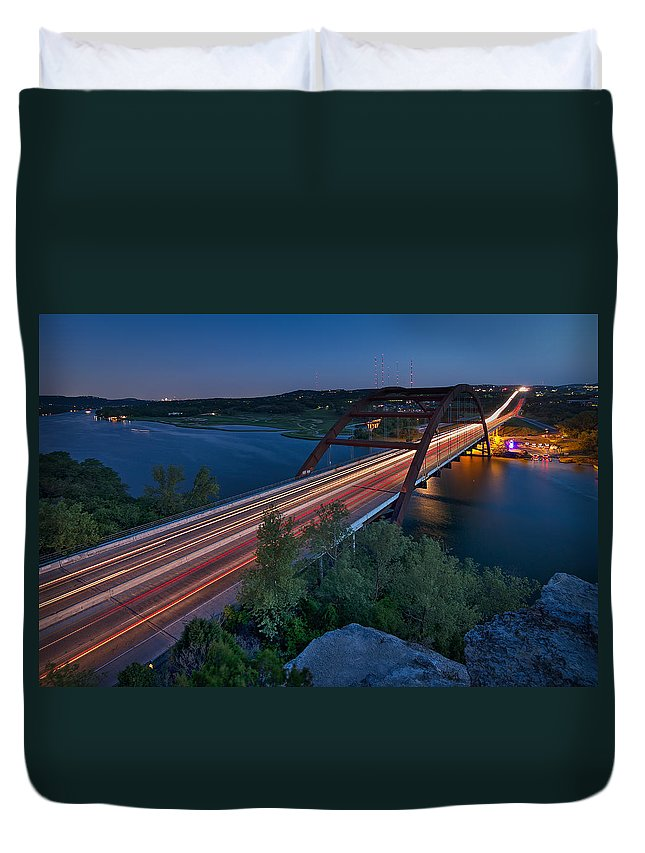 Pennybacker Bridge Duvet Cover featuring the photograph The Pennybacker Bridge At Twilight by Tim Stanley