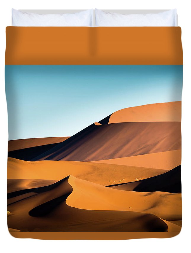 Sand Dune Duvet Cover featuring the photograph The Red Sand Dunes In Namibia by José Gieskes Fotografie