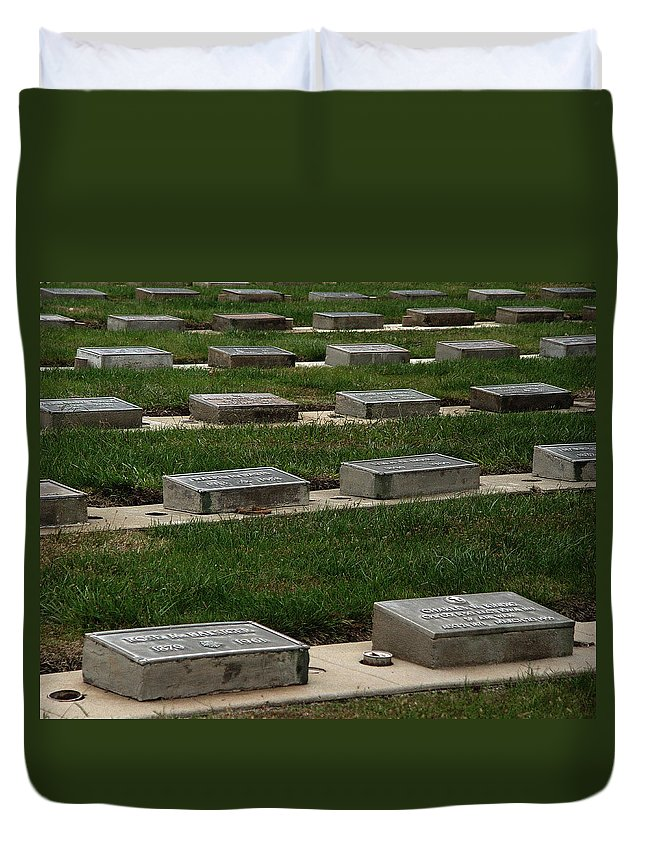 The Resting Place Duvet Cover featuring the photograph The Resting Place by Peter Piatt