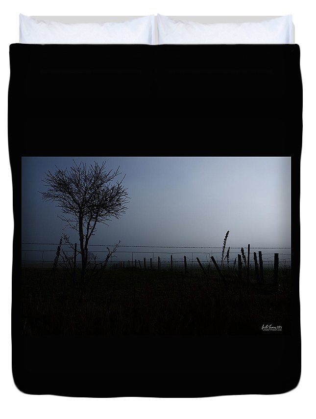 Landscape Duvet Cover featuring the photograph The Silhouette Of Morning by Urbanmoon Photography