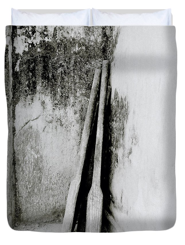 Simplicity Duvet Cover featuring the photograph Still Life In Cochin by Shaun Higson