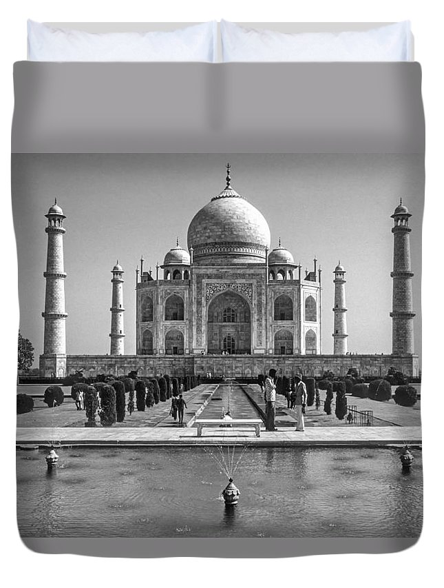 Architecture Duvet Cover featuring the photograph The Taj Mahal Monochrome by Steve Harrington