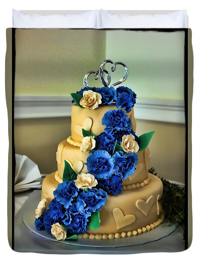 Wedding Cake Duvet Cover featuring the photograph The Wedding Cake by Jes Fritze