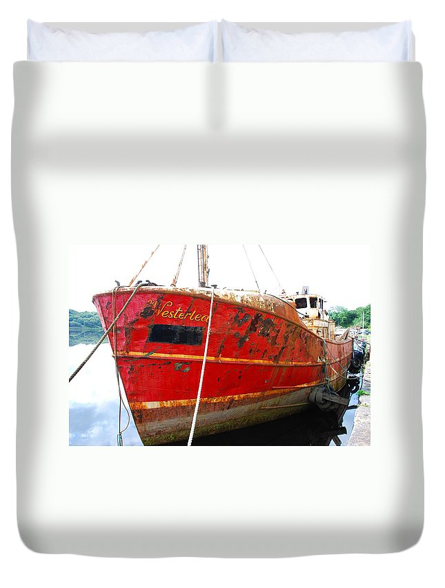 Ship Duvet Cover featuring the photograph The Westerlea by Charlie and Norma Brock