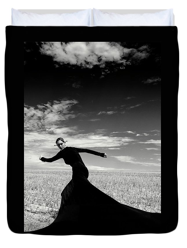 Looking Over Shoulder Duvet Cover featuring the photograph The Witch by Funky-data