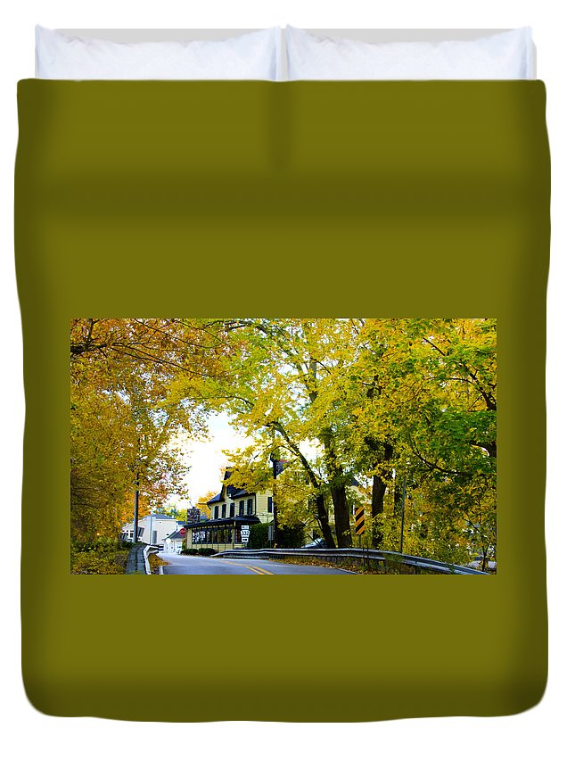Yardley Duvet Cover featuring the photograph The Yardley Inn In Autumn by Bill Cannon