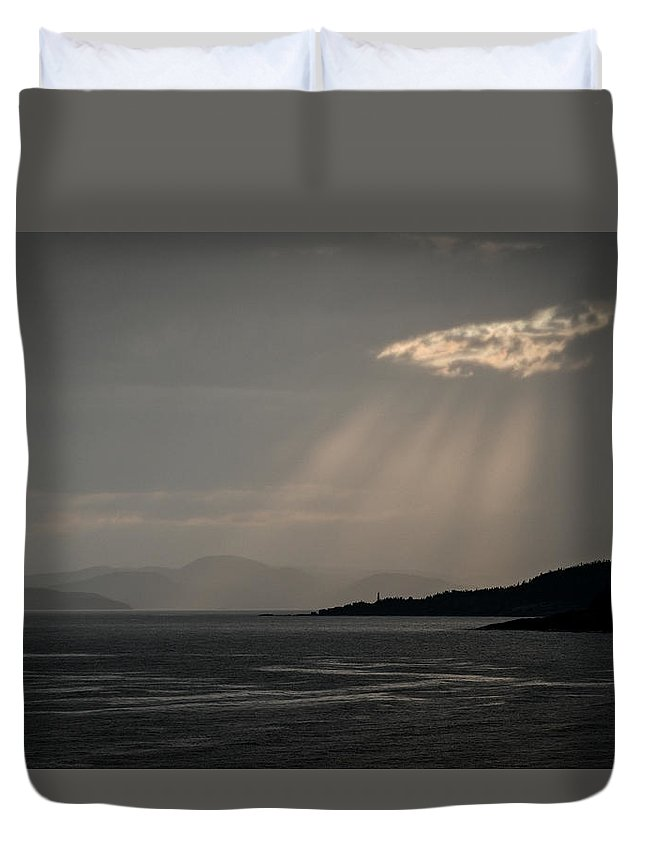 Canada Duvet Cover featuring the photograph Threshold by Doug Gibbons