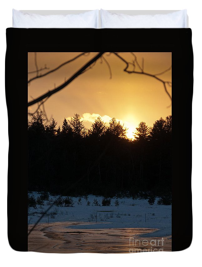 Sunset Sky Duvet Cover featuring the photograph Through The Branches by Cheryl Baxter