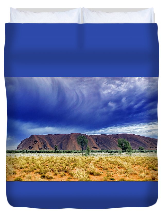 Landscapes Duvet Cover featuring the photograph Thunder Rock by Holly Kempe