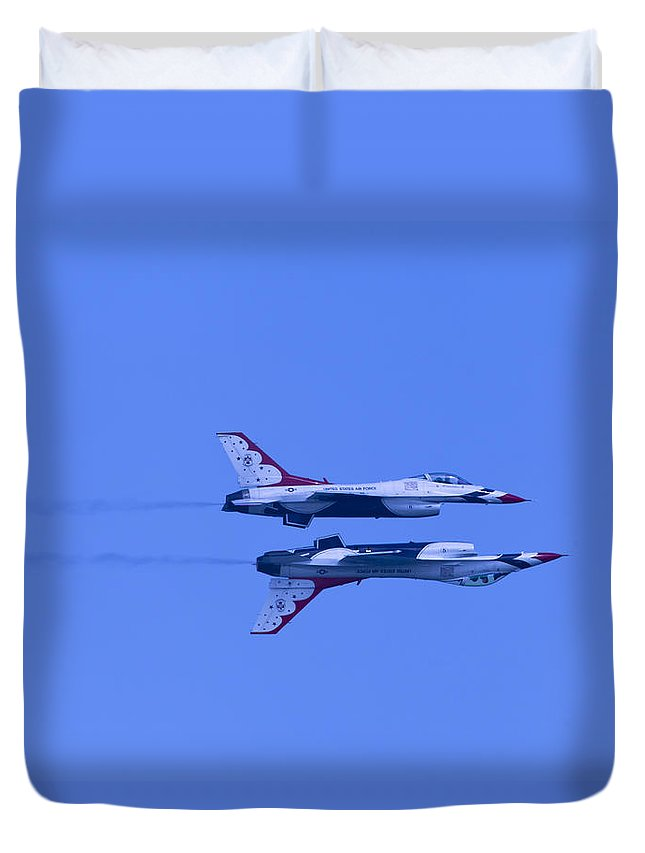 Thunderbirds Duvet Cover featuring the photograph Thunderbirds Solos 6 Over 5 Inverted by Donna Corless