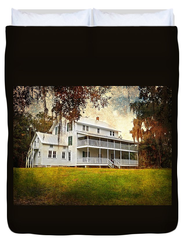 House Duvet Cover featuring the photograph Thursby House Blue Springs by Judy Hall-Folde