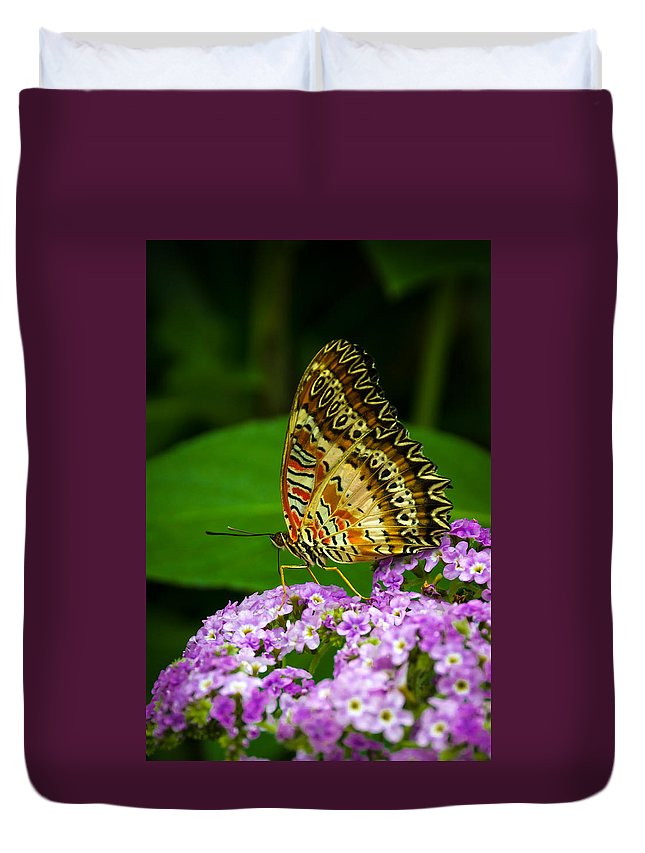 Tiger Duvet Cover featuring the photograph Trixie by Louis Rivera