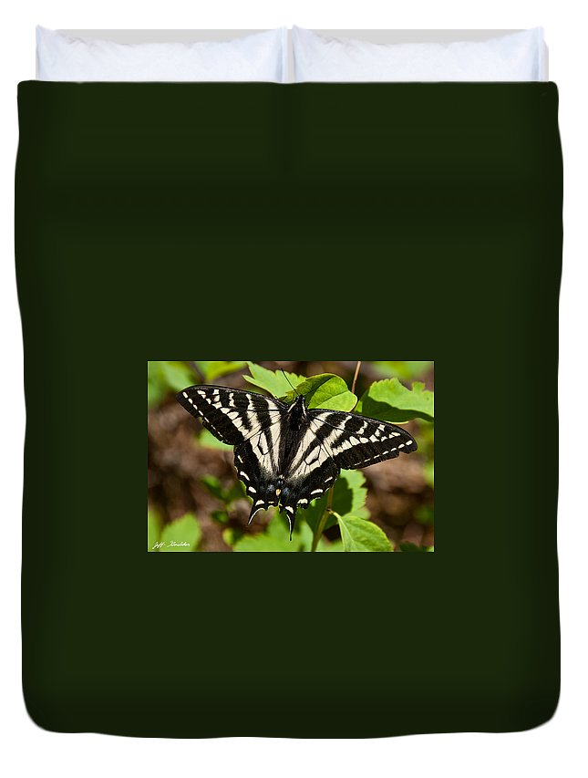 Animal Duvet Cover featuring the photograph Tiger Swallowtail Butterfly by Jeff Goulden