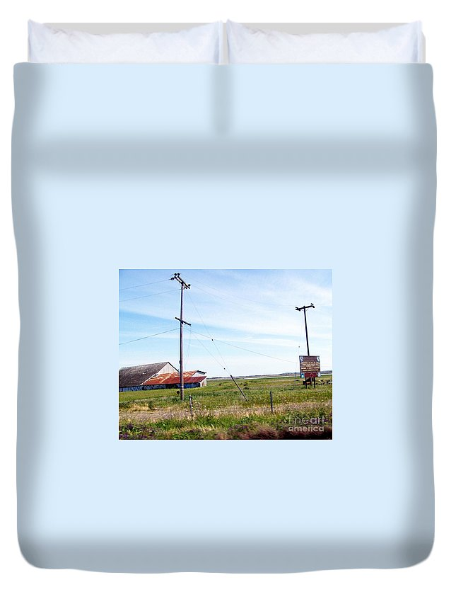 Barn Duvet Cover featuring the photograph Time Passed By by Bobbee Rickard