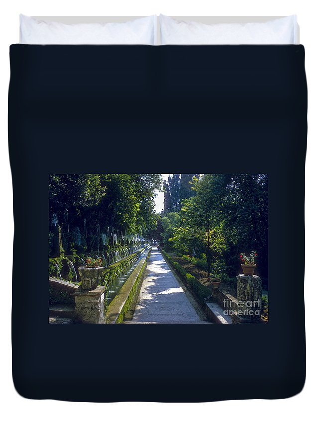 Tivoli Gardens Rome Fountain Fountains Water Structure Structures Landscape Landscapes Tree Trees Path Paths Italy Duvet Cover featuring the photograph Tivoli Gardens by Bob Phillips